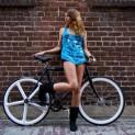 新たなファッション「ピストバイク」で個性を出す